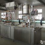 Kilpailukykyinen valmistaja High Tech -kookosöljyn täyttökone